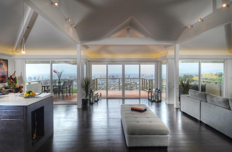 Hawaiian Style Flooring | LVT, Luxury Vinyl Tile Planks, Bamboo
